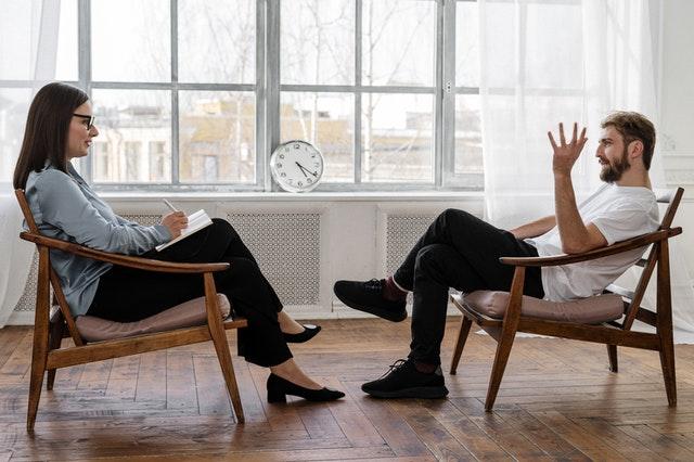 How to Divorce a Narcissist - Divorce Solicitor